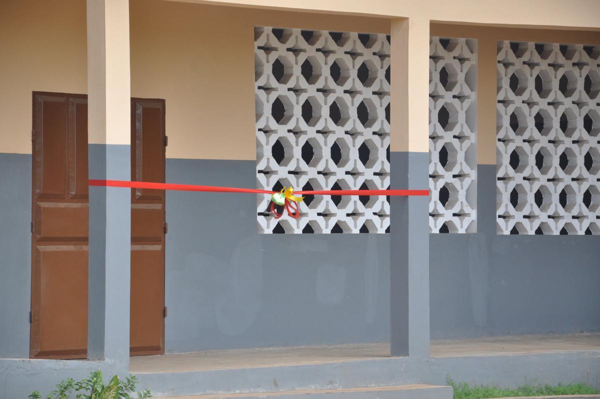 Die Eröffnung der Grundschule: